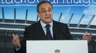 Florentino Pérez, en una presentacion en el Santiago Bernabéu antes...