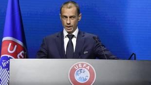 El presidente de la UEFA se mostró duro con los promotores de la...