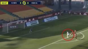 Mbappé se 'pica' con Haaland: doblete y una definición extraña