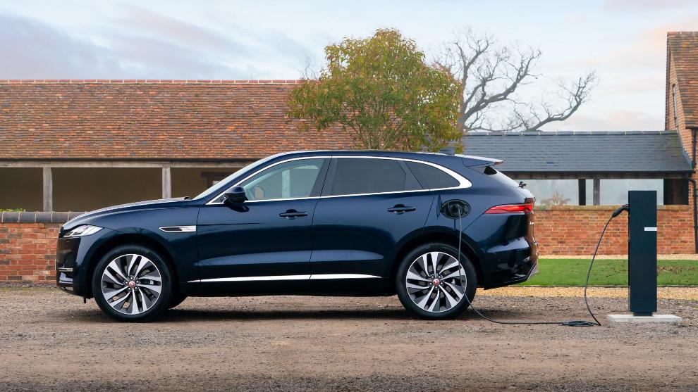 La versión híbrida enchufable del Jaguar F-Pace tiene 50 km de autonomía eléctrica.