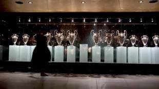 ¿Es posible hacer desaparecer la decimotercera Champions de la sala de trofeos del Bernabéu?