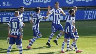 El Deportivo Alavés de Javier Calleja sigue invicto