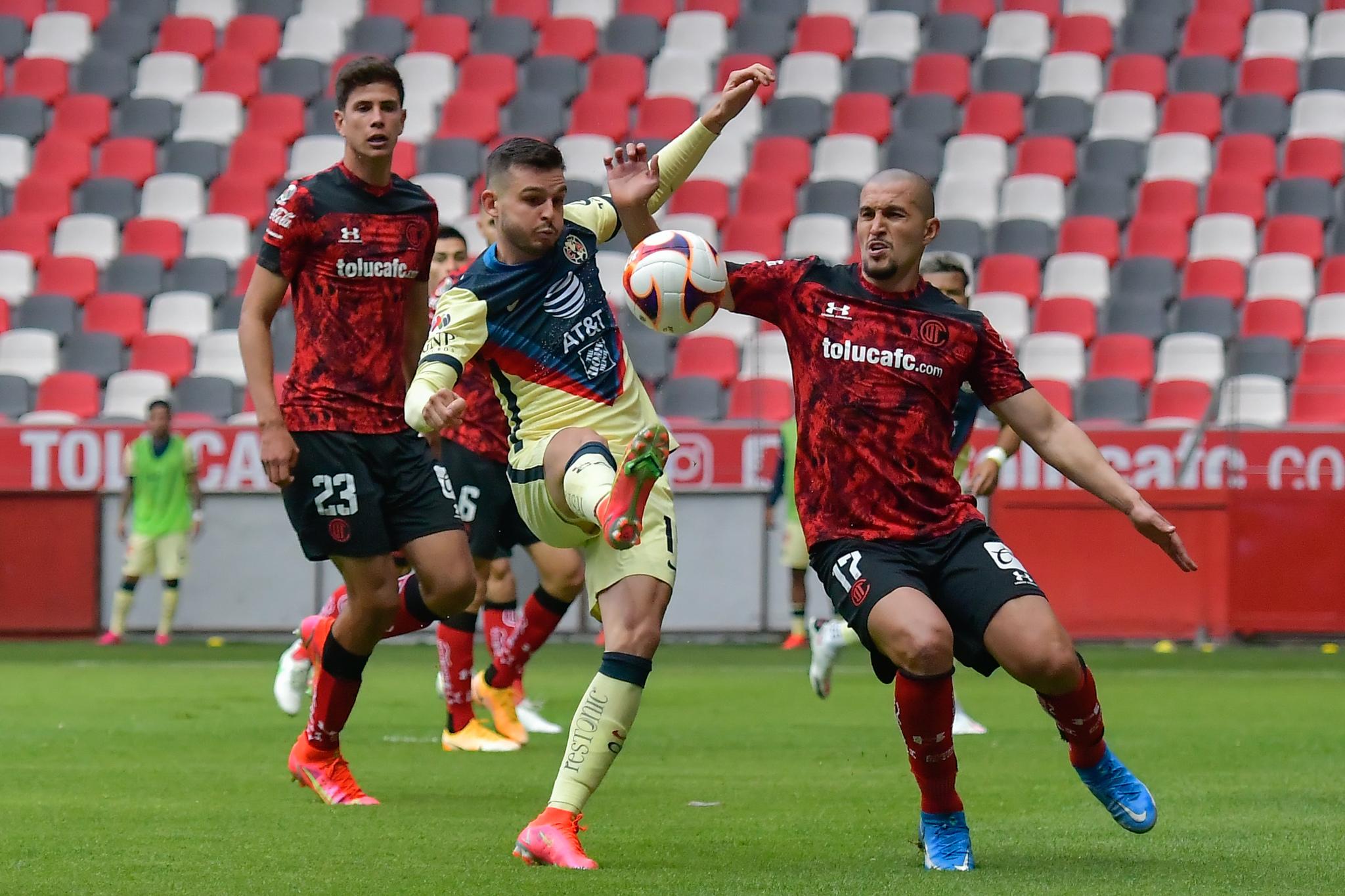 Toluca derrota a América y acaricia el repechaje, Alexis Canelo marcó su gol 11 del torneo