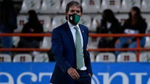 Guillermo Almada advierte sobre errores en Santos de cara a la...