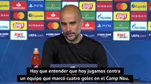 Otra magistral charla de Pep Guardiola para quitar presión a sus futbolistas... tras el 'baño' del PSG en la primera parte