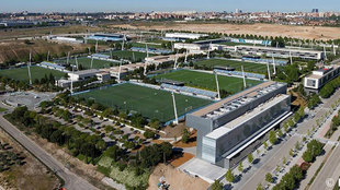 El Madrid cierra dos fichajes para reorganizar La Fábrica