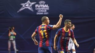 Ferrao celebra su gol frente al Dobovec