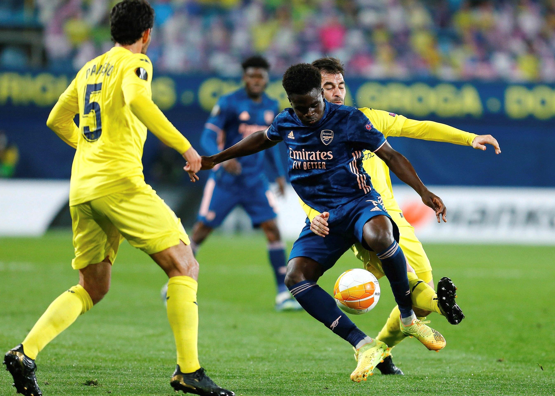 El Villarreal toma ventaja en su eliminatoria mientras el Manchester golea en la otra a la Roma