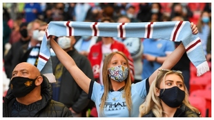Una aficionada del Manchester City, en la final de la Copa de la Liga...