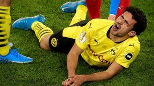Mateu Morey, tras lesionarse.