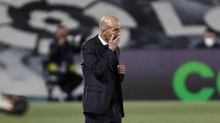 Zinedine Zidane, durante el partido ante Osasuna