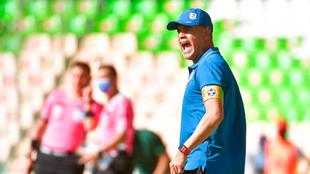 Héctor Altamirano se dijo frustrado tras no alcanzar el repechaje por...