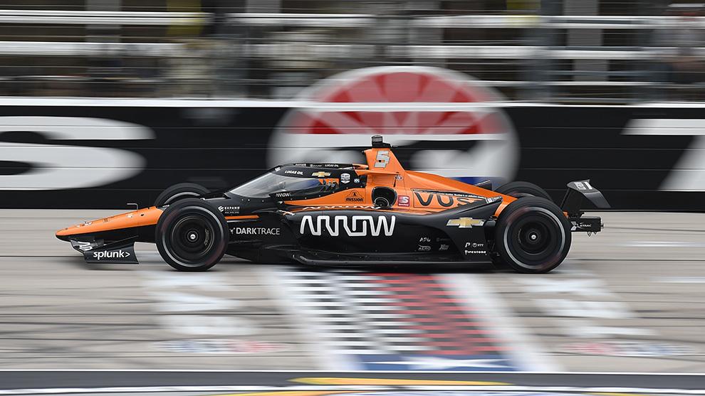 Pato O'Ward gana en Texas Indycar