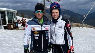 Petra Vlhova junto a Mauro Pini, que la dirigirá la próxima...