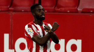Williams celebra el primer gol que marca en la Liga desde el pasado 15...