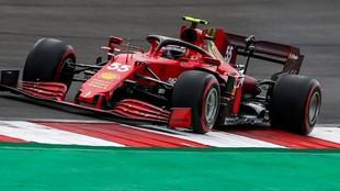 Sainz, con el SF21, durante el GP de Portugal.