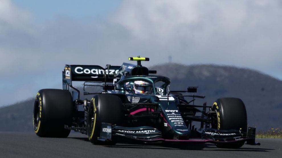 Vettel, con el Aston Martin en Portimao.