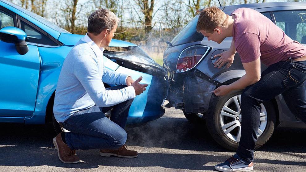 Los consejos de la Guardia Civil y la DGT para rellenar el parte de accidentes