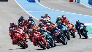 Salida de la carrera de MotoGP en Jerez.