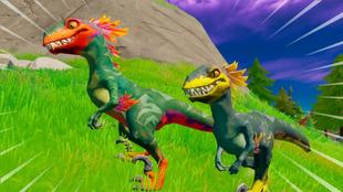 Un par de simpáticos velocirraptores