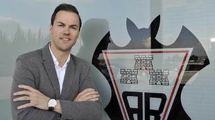 Víctor Varela, consejero delegado del Albacete posa para una...