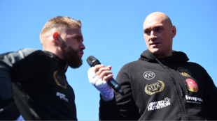 Tyson Fury cree que Saunders noqueará a Canelo.