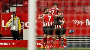 El Athletic afronta el partido tras su reciente victoria ante el...
