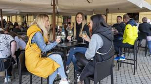 Los bares y restaurantes de Madrid podrán cerrar a las 00:00 horas /