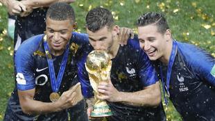 Kylian Mbappé, Lucas Hernández y Florian Thauvin en el Mundial de...