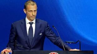 El presidente de la UEFA Aleksander Ceferin, durante una...