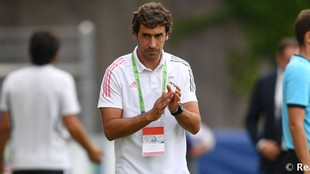 Germany calling for Raul