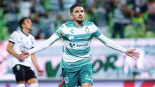 Fernando Gorriarán abrió el marcador ante Querétaro para encaminar...