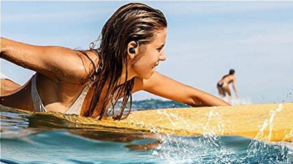 Unos auriculares para hacer deporte, una bolsa de Puma y otros chollos de Amazon