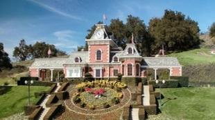 Neverland, la casa de Michael Jackson, donde se han puesto a las venta...