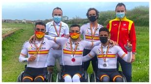Los medallistas de la última jornada en Ostende.
