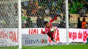Toluca avanzó a cuartos de final en tanda de penaltis ante León.