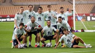 Entrenamiento de la selección española en el estadio de La Cartuja.