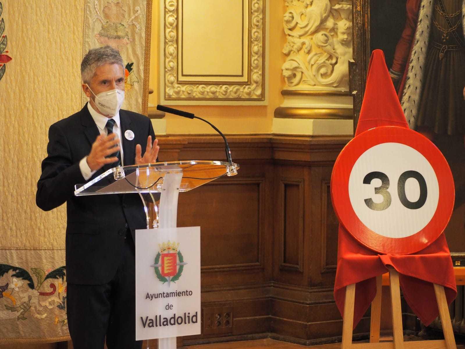 Ministro del Interior - Fernando Grande-Marlaska - Nuevos limites de velocidad en ciudad
