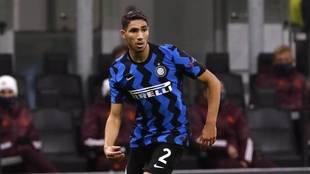 Achraf Hakimi con el Inter