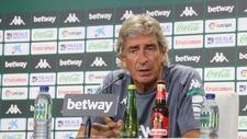 Manuel Pellegrini (67), entrenador del Betis, en sala de prensa.