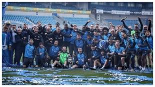 Los jugadores azulinegros celebran la conquista de la Copa belga.