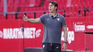 Julen Lopetegui (54), técnico del Sevilla, en el partido ante el...