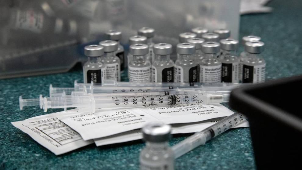 España recibirá 13 millones de dosis de Pfizer en junio /