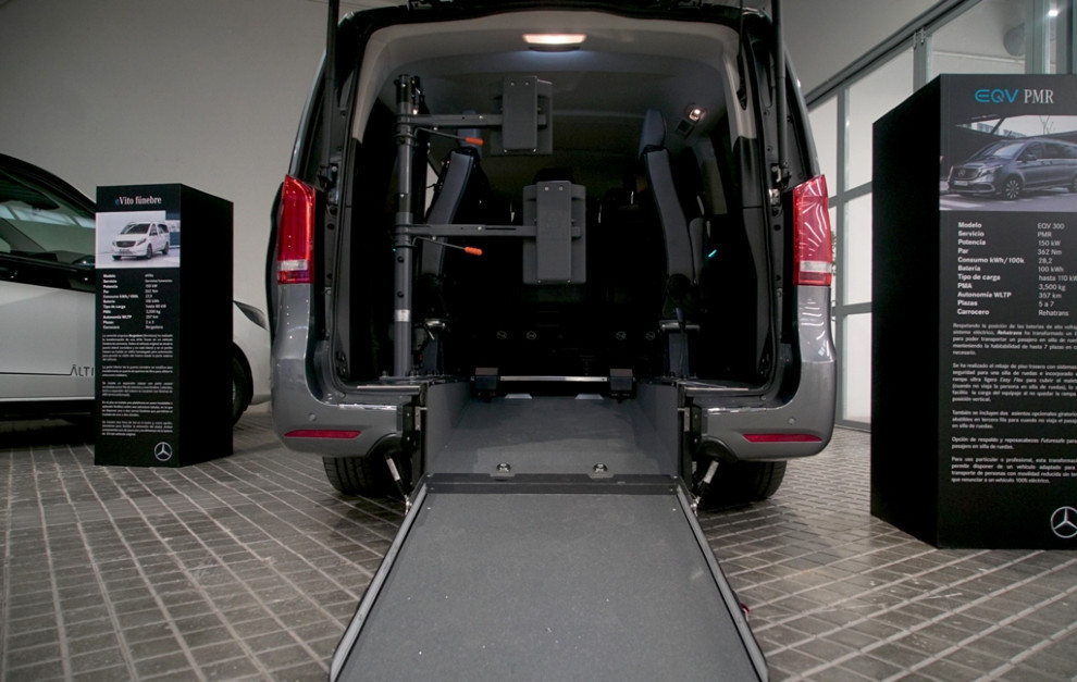 La Mercedes-Benz EQV para personas con movilidad reducida.