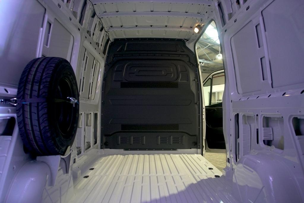 Interior de la Mercedes-Benz eSprinter furgón.