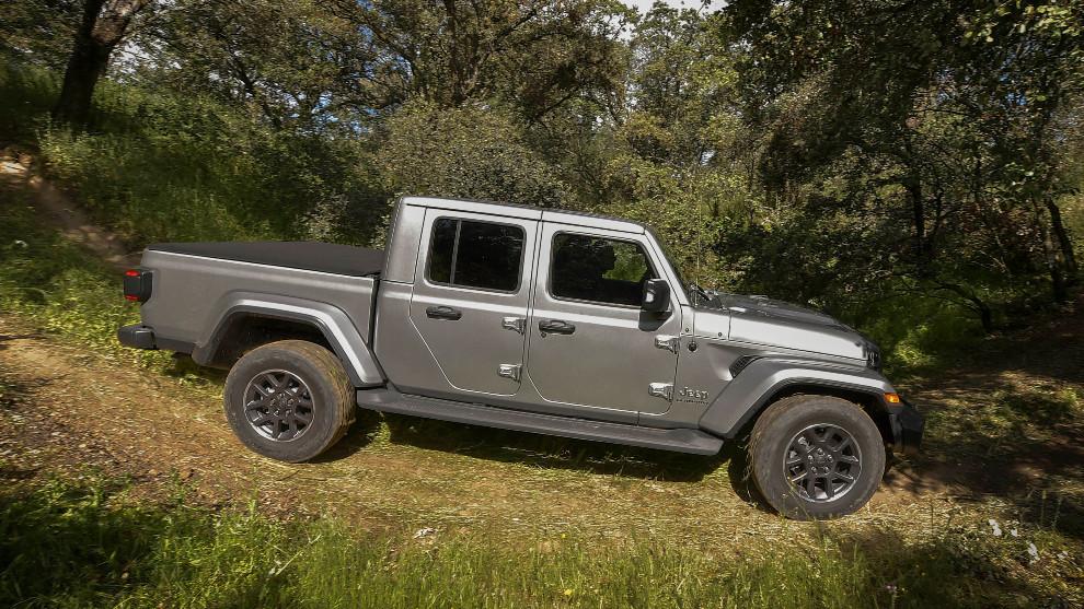 El Jeep Gladiator mide 5,6 metros de largo que incluye una caja de acero de 1,5 metros.
