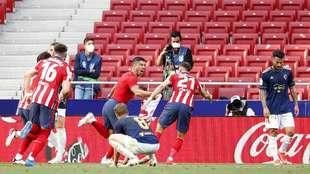 Atlético remonta al Osasuna y se mantiene de líder a falta de un...