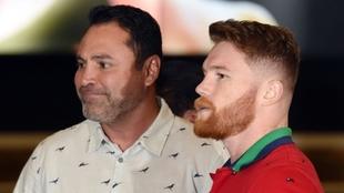 """Óscar de la Hoya responde a Canelo: """"Yo lo hice; conmigo ganaba más"""""""