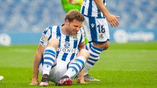 Illarramendi se duele de la torsión de tobillo que sufrió contra el...