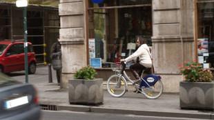 Bicicletas - Bicis - Acera - Calzada - Ciclistas